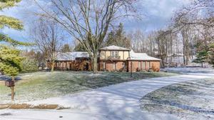 Luxury Kettering home on the market for $599,900