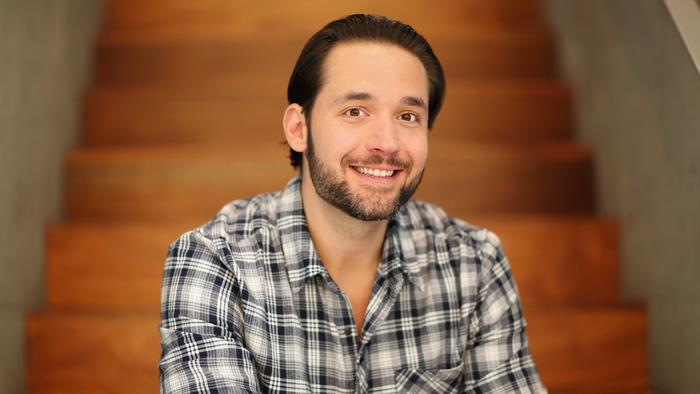 Why Reddit co-founder Alexis Ohanian is investing in L.A. startups