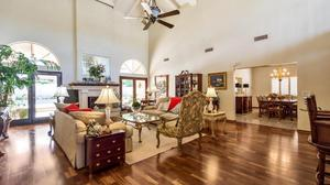 Sophisticated Home in the Island at McCormick Ranch!