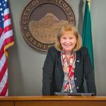 Vancouver's math teacher-turned-mayor on building bridges with Portland