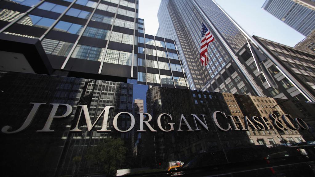 Banking Rdup: Wells Fargo cuts 638 jobs… JPMorgan expands
