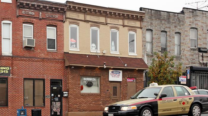 Baltimore gives grants to spruce up storefronts as way to combat crime
