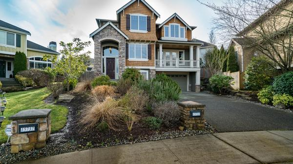 Timeless Craftsman in Redmond with Open Houses February 24th and 25th from 1pm - 4pm
