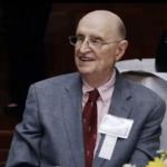 Irwin 'Ike' Belk, a Charlotte businessman and UNC Charlotte backer, dies at 95