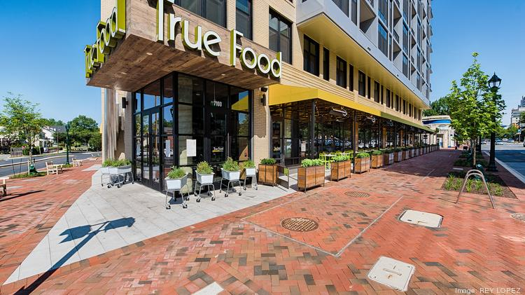 True Food Kitchen is in growth mode after spinning off from Sam Fox ...
