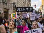 Judge tells U.S. to accept new DACA applications, breathing life into program
