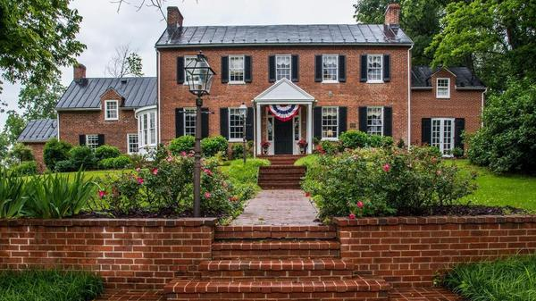 An Incredible Opportunity To Own East Oaks