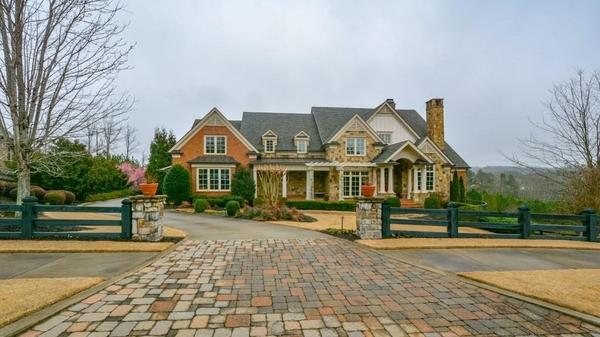 Executive Home in Blue Valley