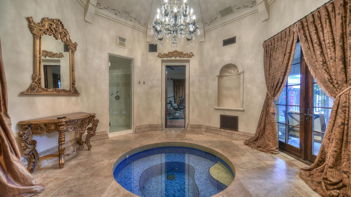 Check Out Baseball Slugger Matt Williams 9 5m Mansion With A Master Suite Hot Tub Sauna Hair Salon Phoenix Business Journal
