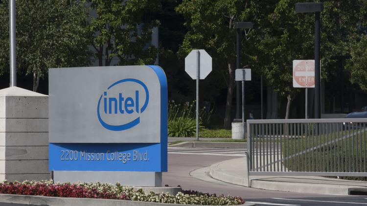 Intel Corp  facing possible class-action lawsuit over age