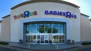 Toys 'R' Us lays off nearly 1,000 people in Massachusetts