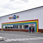 What will happen to Toys R Us real estate if all stores close?