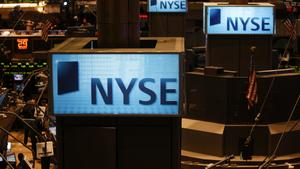 Dow Jones drops more than 700 points, posts worst day since Feb. 8 amid trade fears