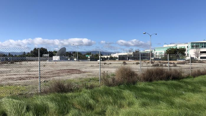 Google closes on vacant Moffett Park parcel for $21M