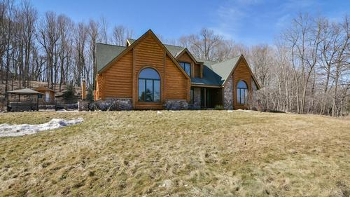 Private Retreat close to Holy Hill