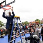 <strong>David</strong> <strong>Robinson</strong> helps opens new Legacy Park