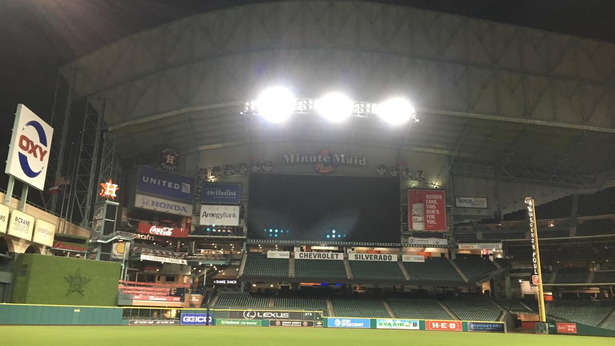Houston Astros Extend Minute Maid Park Lease Houston Business Journal