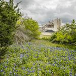 Robinson Ranch owners court developers for 7,000 acres near Apple's Austin campus