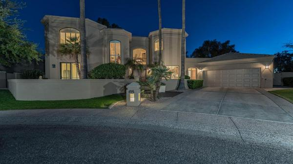 Welcome to your private oasis in the Enclave at Gainey Ranch!