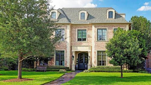 Beautiful Recent Construction in the Heart of Tanglewood