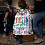 Muchos Medals draws hundreds of Fiesta revelers to Pearl (slideshow)
