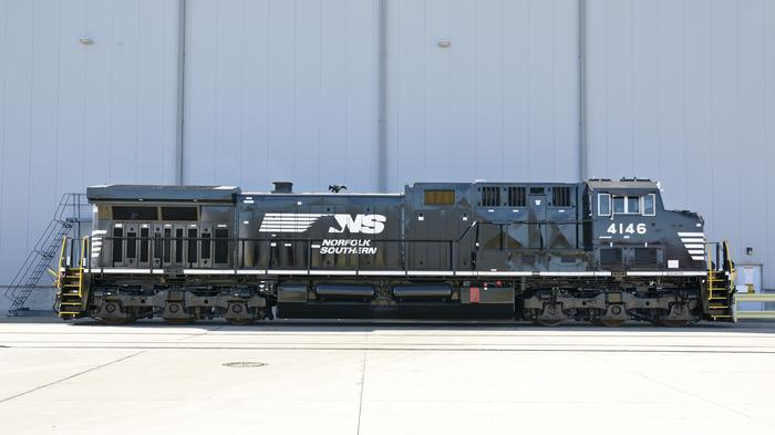 Take a look inside GE's Fort Worth facility as it transforms locomotives
