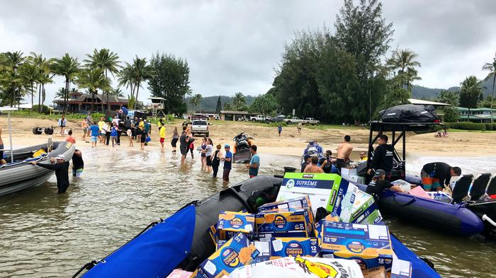Slideshow: Three Kauai business owners team up to deliver supplies to flooded North Shore