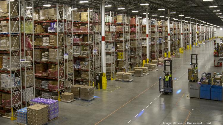 amazon to lease warehouse hire 130 in braintree at former