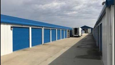 Plummer family sells central Illinois portfolio to Indiana-based self-storage company