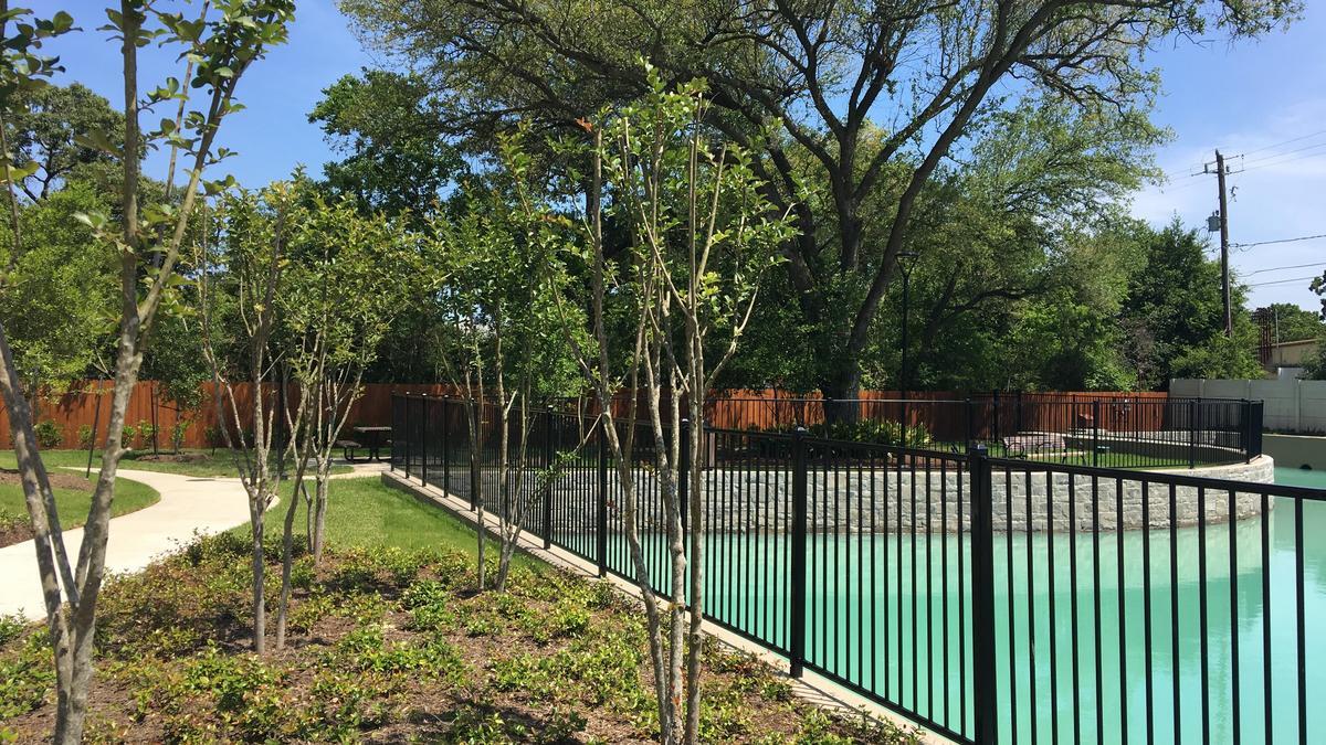 New Lennar In Town Project In Garden Oaks Hosts Grand
