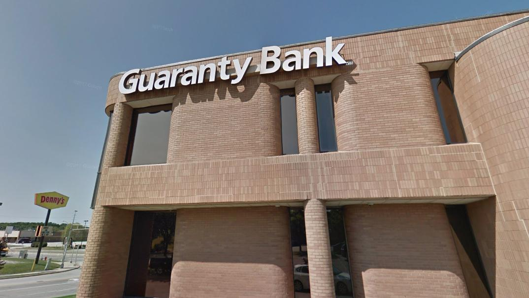 northridge guaranty bank location to close this summer milwaukee milwaukee business journal