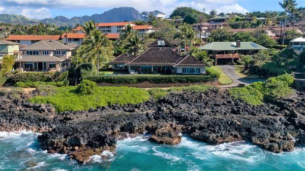 Luxury Oceanfront Poipu Living