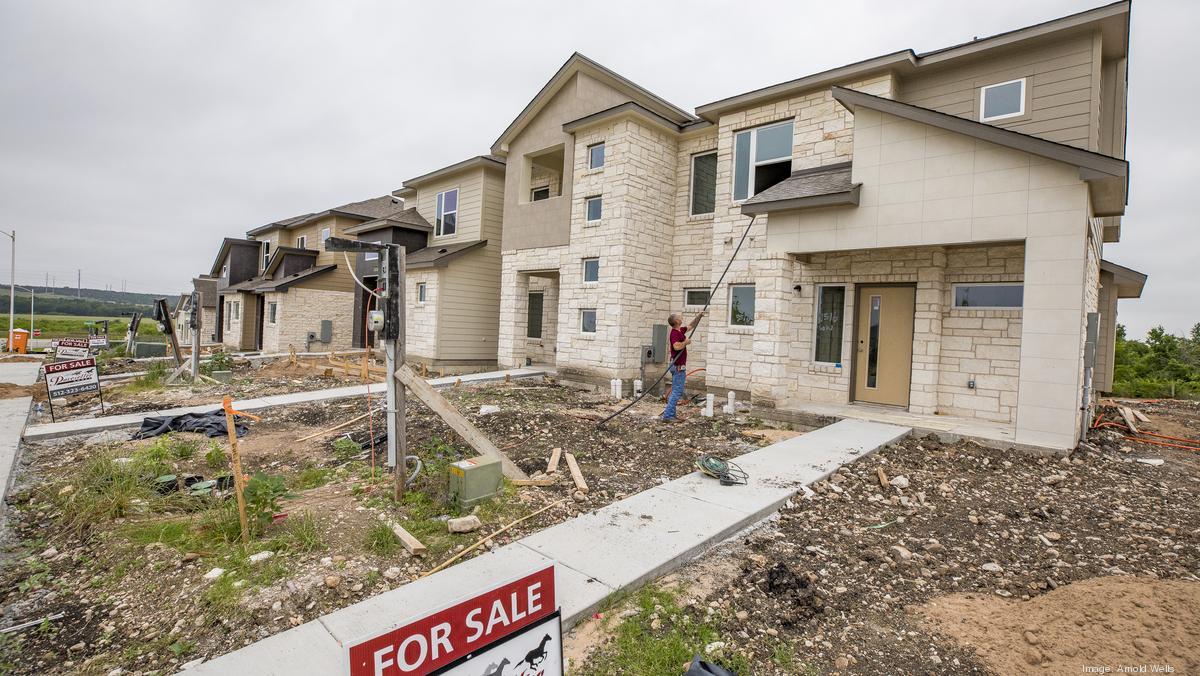 Pleasant Austins Affordability Crisis Fuels New Home Construction Interior Design Ideas Oteneahmetsinanyavuzinfo