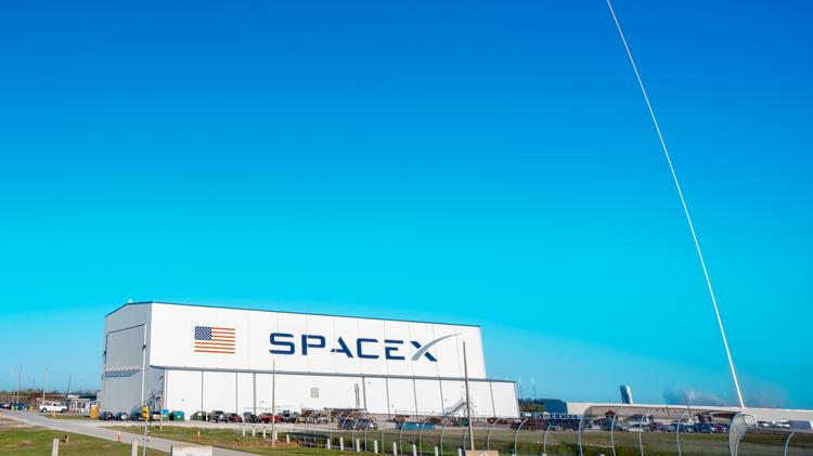 Elon Musk's SpaceX firm preps for 2 metro Orlando-area