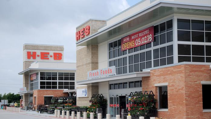 H-E-B to hire 900 employees in greater Houston