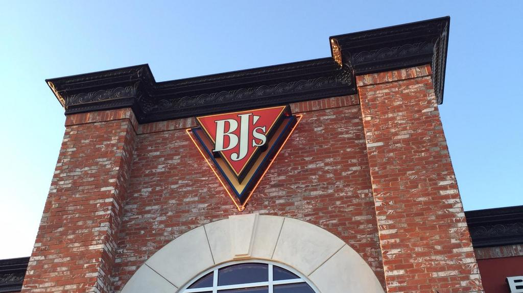 Bj S Restaurant Brewhouse Coming To Rookwood Commons