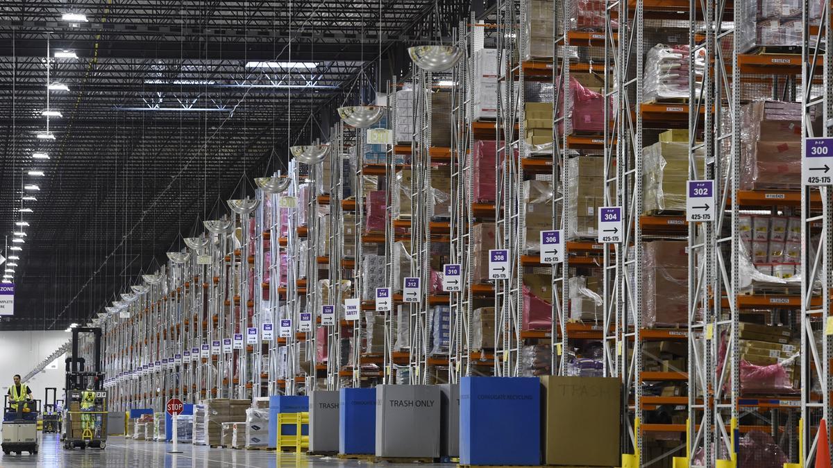 162 Amazon Finalizes Plan For Massive Fulfillment Center In Bessemer Birmingham Business Journal