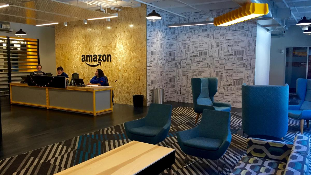 Take A Tour Inside Amazon Com Inc S Newest Boston Office Boston Business Journal