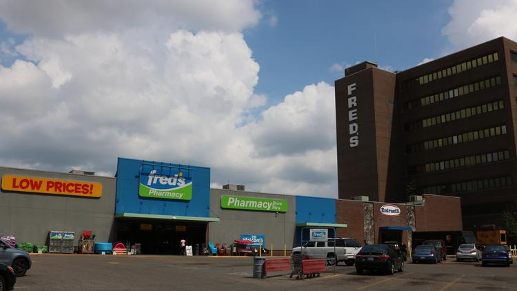 Fred's Inc  and Walgreens complete another round of pharmacy