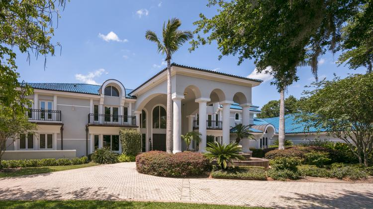 Former NBA star Shaquille O'Neal's lakefront home in Orlando