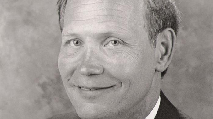 Waste Management names new board chairman