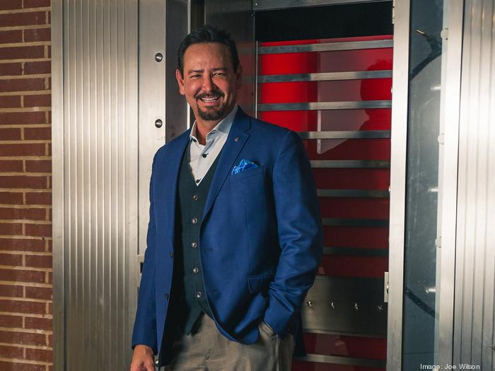 CEO to CEO: How Del Esparza grew his ad agency (and what he's learned so far)