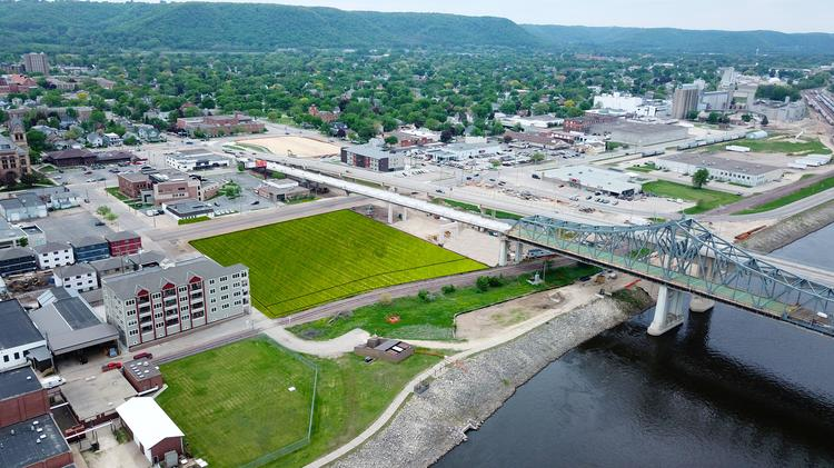 build a office. This Is A Rendering Of Downtown Winona, Where Fastenal Plans To Build  90,000- Office
