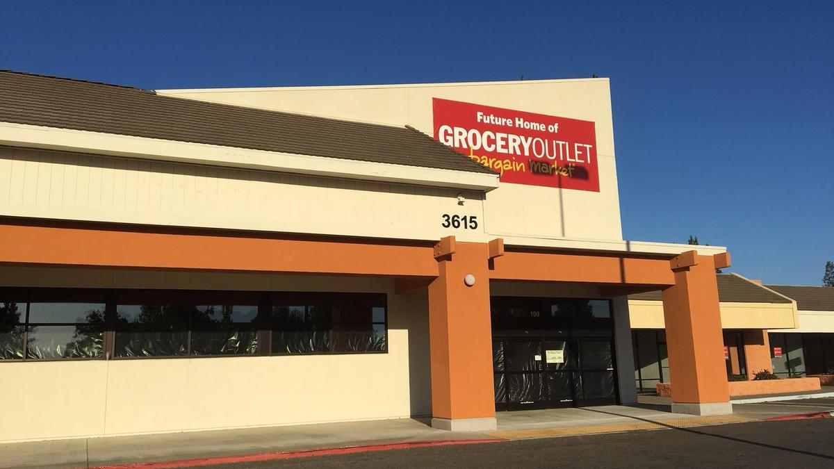 Two Anchor S Joining Bradshaw Road Retail Center