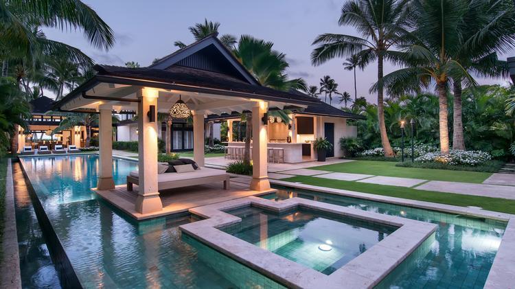Kailua Beach Estate Sells For 19m Sign Of Hot Windward