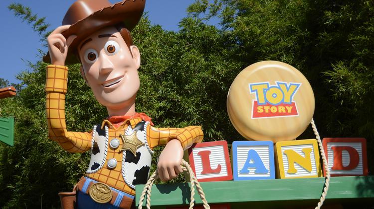 Disney Nyse Dis Previews Toy Story Land At Its Hollywood Studios