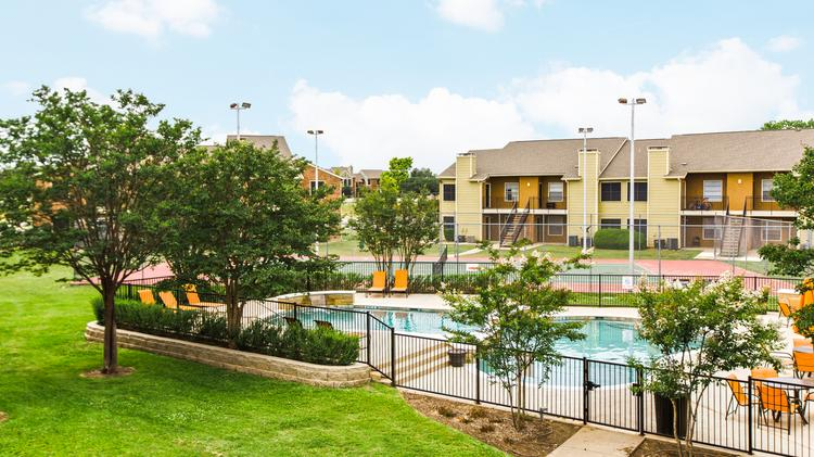 Hillstone On The Trail Was Among 12 Multifamily Properties Recently Sold By  Transwestern.