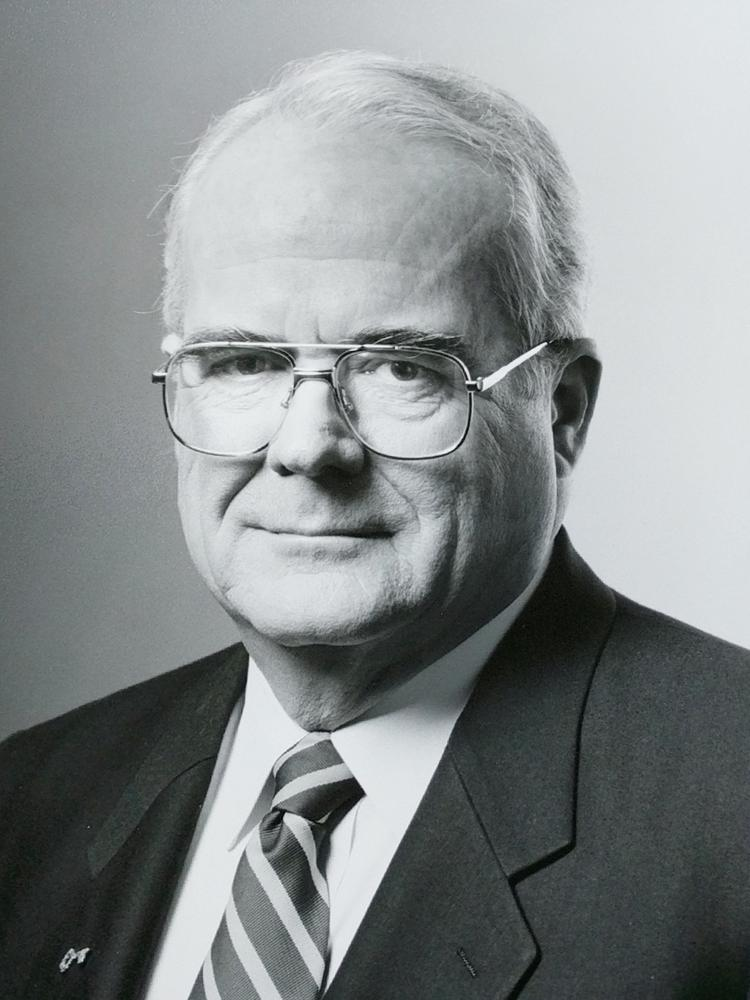 Victor Riley, who grew KeyCorp into a national name, dies at