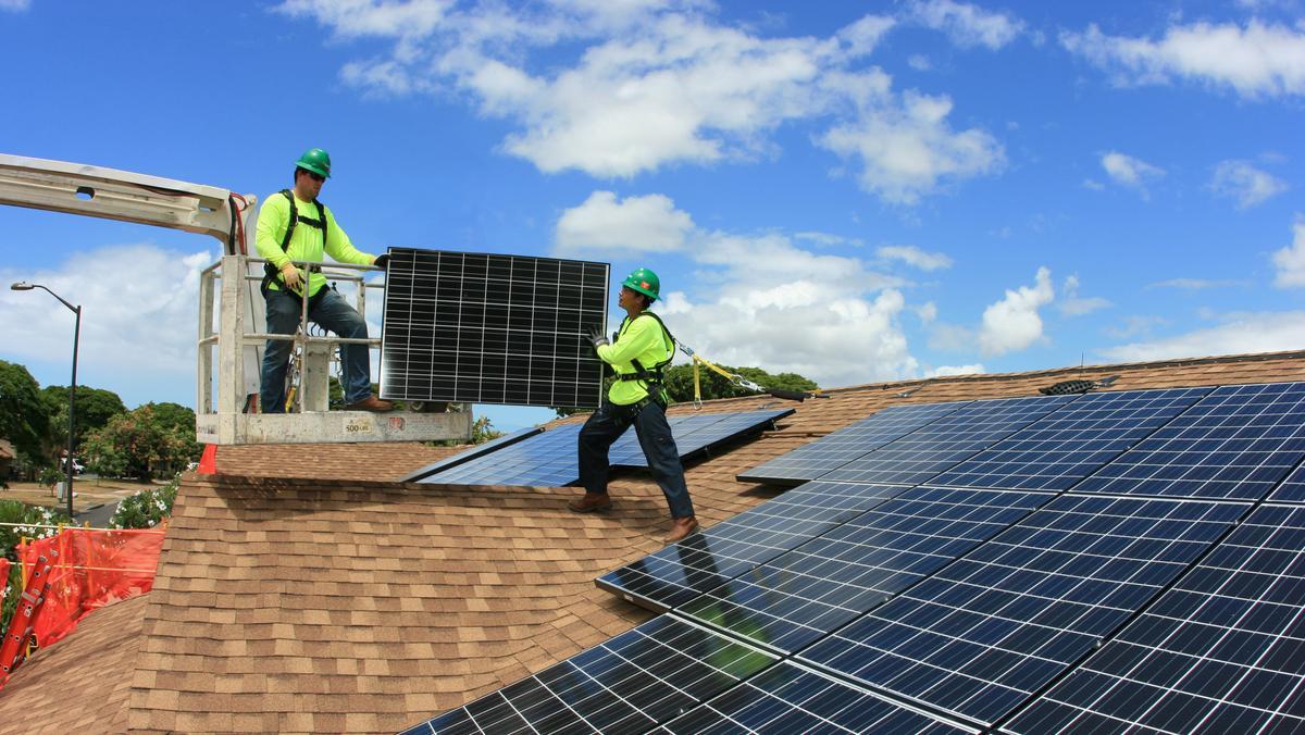 Tesla Solar Installations Continue To Plummet Amid