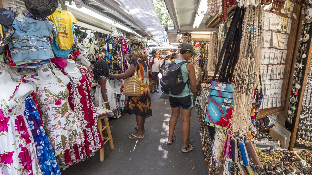 Hawaii visitor numbers increase in January while spending ...
